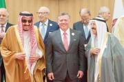 الملك سلمان أمام «قمة عمّان»: الحل في سورية واليمن وليبيا.. «سياسي»