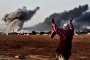 «المرصد»: مقتل 57 شخصاً بغارة للتحالف على سجن لـ«داعش» شرق سورية