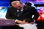 بالصور: أردوغان يقبل ابن شهيد طلب رؤيته في حفل إحياء ذكرى شهداء الانقلاب