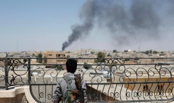 المرصد السوري: النظام السوري يقصف محيط مدينة حلب وقصف متبادل تشهده محاور في ريف حماة