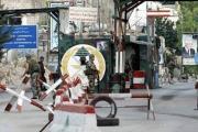 سيارة تقتحم حاجز الجيش عند مدخل «عين الحلوة»