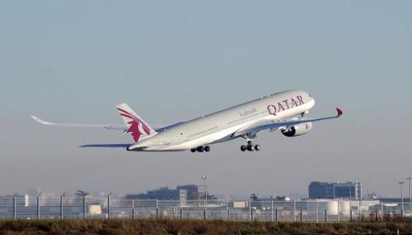 خضعوا للقانون الدولي.. شاهد الطيران القطري يحلق بأجواء دول الحصار للمرة الأولى منذ شهرين