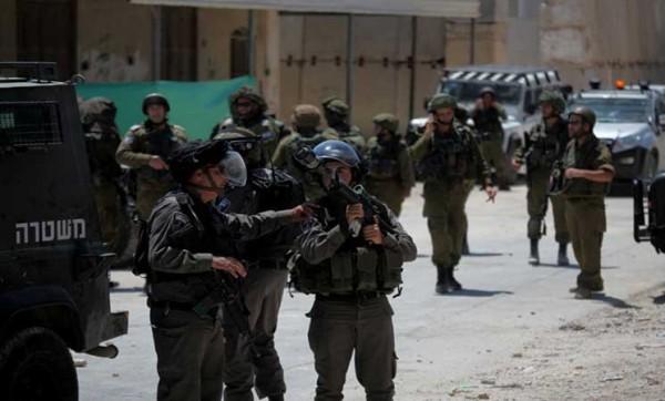 """الإحتلال يعتقل فلسطينية في القدس بدعوى""""طعن"""" حارس أمن إسرائيلي"""