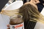 صالون تجميل لبناني يصفف شعر السيدات بالشوكولاتة