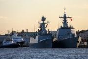 الصين وروسيا تبدأن مناورات بحرية قرب كوريا الشمالية