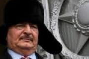 نزع زيه العسكري وارتدى ربطة عنق.. هل اقتنع حفتر باستحالة الحل العسكري في ليبيا؟