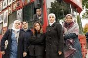 رحلة باص أحمر من لندن إلى 'المعتقلات في سوريا'...