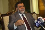 الضاهر: الحريري بايع تحت الطاولة 'حزب الله' ومن خلفه