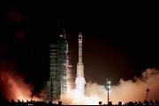 كوريا الشمالية 'تتحدى' بالأقمار الصناعية