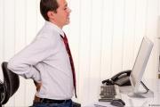 أمراض الظهر والرقبة مرتبطة بالتوتر