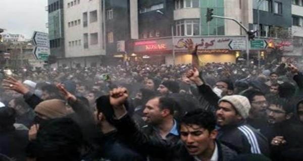 الاضطراب في إيران وتغيير السياسات