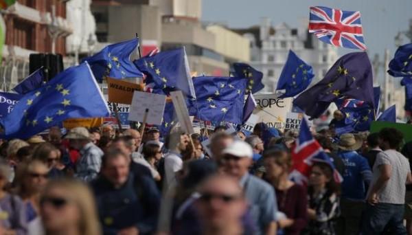 استطلاع: غالبية البريطانيين لن تصوّت لـ'بريكست' إذا عُقد استفتاء جديد