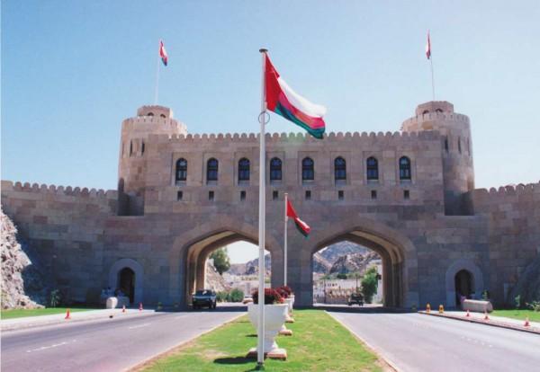هل ستَرغم إدارة ترامب سلطنة عُمان إلى الانحياز إلى جانب معيّن؟