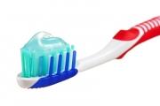 مفاجأة.. معجون الأسنان سلاح لمكافحة هذا المرض