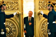 الحياة السرية لبوتين.. قيصر روسيا يملك 20 مسكناً و4 يخوت وعدداً من الطائرات والسيارات.. وهذا برنامجه صباح كل يوم