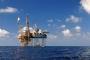 التناقض الأميركي: تقاسم النفط مع إسرائيل.. والاستقرار