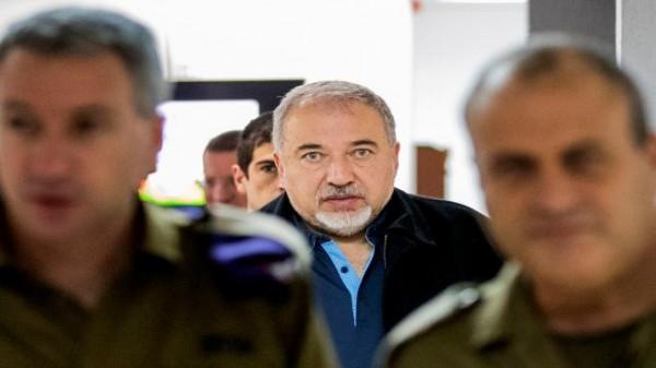 ليبرمان يشيد بالتنسيق الأمني مع السلطة الفلسطينية