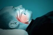 انقطاع النفَس النومي يستلزم العلاج فورا