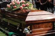 في لبنان: فتح التابوت ليودعها... ليتفاجئ بأن الجثة لا تعود لها!