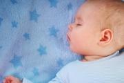 ارتفاع كبير في عدد الأطفال الذين يموتون أثناء نومهم في بريطانيا.. لماذا لم تنفع توجيهات الأطباء
