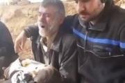أب سوري يرثي ابنه: يا ريتني ميت وماشربان حسرتك ياولدي.. ادفنوني معه