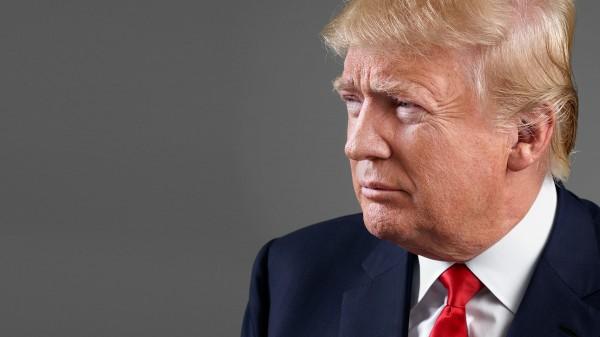 عاجل: ترامب يقول إنه اختلف مع تيلرسون بشأن الاتفاق النووي مع إيران