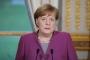 ميركل تدعو للحوار مع روسيا في رسالة تهنئة لبوتين
