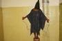 بالفيديو ... أسرار جديدة عن صورة المعتقل الأشهر بسجن أبو غريب