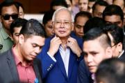 مليارات 'نجيب' تنافس حدث التحول الديمقراطي بماليزيا