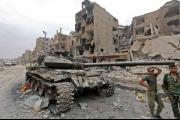 مسؤول «مصالحة» يناشد الأسد إيقاف قواته عن «تعفيش» جنوبي دمشق… ومخابرات النظام تعتقل 20 مسناً