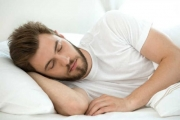 النوم المبكر والمتأخر... دراسات طبية للبحث في تأثيراتهما الصحية