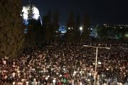 350 ألف مصلّ يحيون ليلة القدر بالمسجد الأقصى