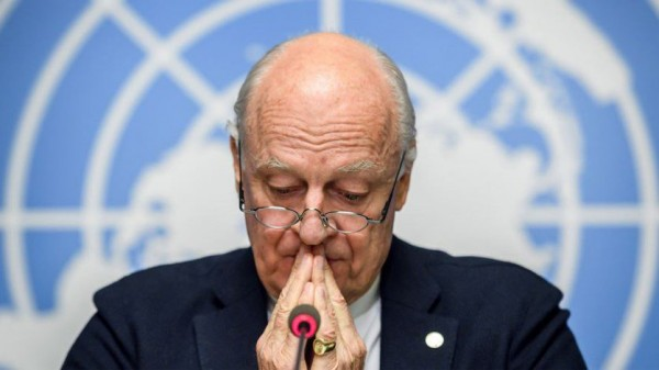 دي ميستورا أعلن عن محادثات لوضع دستور جديد لسوريا