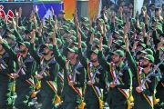 «الحرس الثوري»: كيم الشيوعي استسلم... ولن نمشي على خطاه