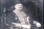 من أوغست أديب أول رئيس حكومة في لبنان 1926 إلى سعد الحريري 2018