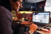البرلمان المصري يُقرّ 'خنق' مواقع التواصل
