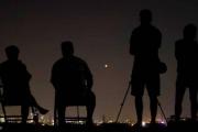 بالصور  - أطول خسوف كلي للقمر.. مناطق محرومة من الحدث