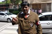 لماذا ارتدى هذا النائب الهندي زي هتلر بالبرلمان؟