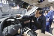 صناعة السيارات الكهربائية بدأت في الصين وإيلون ماسك ليس صاحب الفكرة.. إليك قصة المهندس النابغة الذي صنعها لأول مرة