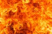 اخماد حريق في مصنع للمفروشات في المنية