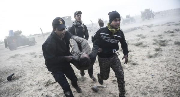 مقتل 13 شخصا وإصابة 23 آخرين بانفجار سيارة مفخخة غربي الموصل