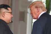 كوريا الشمالية تعزز قواعد الصواريخ.. هل يخدع كيم ترامب؟