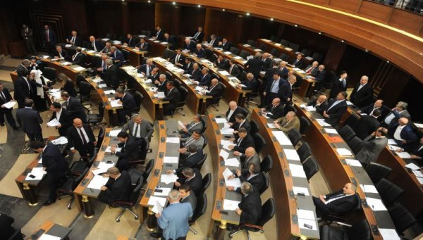 لبنان: حين «تفيض» الطوائف على بعضها البعض