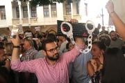 الحكومة اللبنانية تختصر مشاكل مواقع التواصل بمحاربة الشتيمة