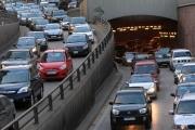 بالفيديو ... إجراءات الجيش والأمطار: جريمة على الطريق