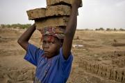أكثر من 40 مليون شخص قيد العبودية ...