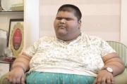 أسمن مراهق في العالم يفقد من وزنه 100 كيلوغرام