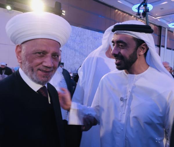دريان عرض مع وزراء ومفتين سبل التعاون على هامش منتدى أبو ظبي