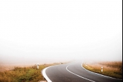 نصائح لقيادة آمنة في حالات الضباب الشديد
