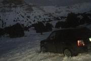 إجلاء عائلة احتجزتها الثلوج في أعالي فنيدق